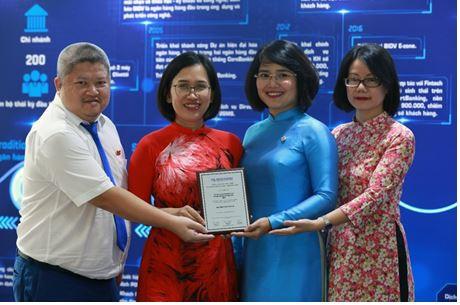 """BIDV nhận giải thưởng """"Dịch vụ chấp nhận thanh toán tốt nhất"""""""