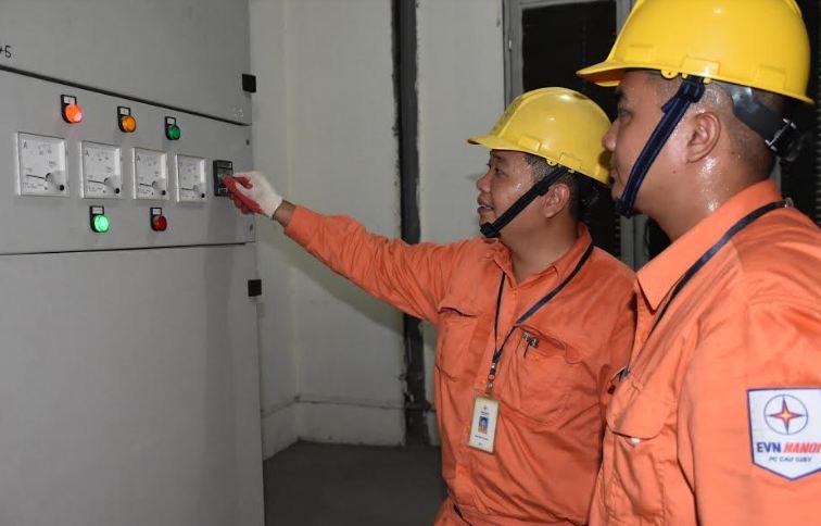 EVNHANOI đảm bảo điện phục vụ các hoạt động kỷ niệm Cách mạng tháng Tám