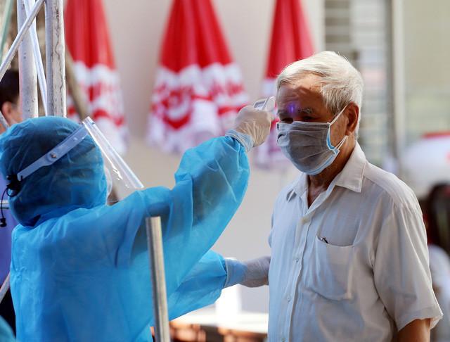 Không đảm bảo phòng dịch Covid-19, 3 bệnh viện ở Hà Nội bị tạm ngừng hoạt động