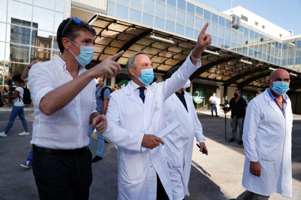 Italy thử nghiệm vaccine COVID-19 đầu tiên trên người