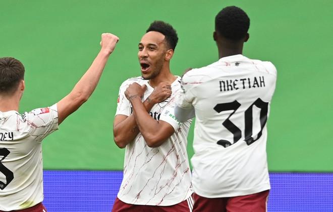 Arsenal đánh bại Liverpool để giành siêu cúp Anh 2020
