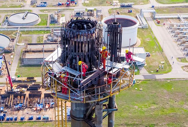 Petrovietnam: 45 năm sứ mệnh tìm dầu