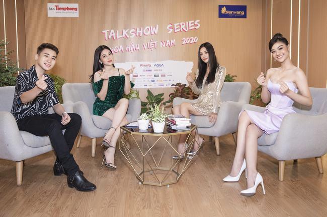 """Huy Cung sợ bị các Hoa Á hậu """"bắt nạt"""" trên talkshow"""