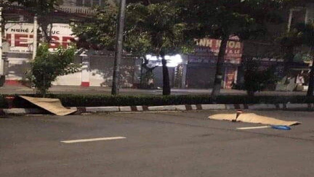 Chạy xe tốc độ cao tông vào gốc cây, 2 thanh niên tử vong