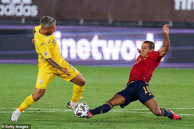 Bayern Munich cho Thiago Alcantara nghỉ thêm vài ngày để quyết định tương lai của mình