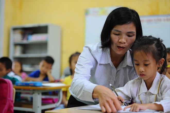 Giáo viên có thể gửi thư khen cho những học sinh có thành tích, cố gắng