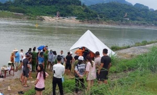 Tìm thấy thi thể nam sinh đuối nước trên sông Đà