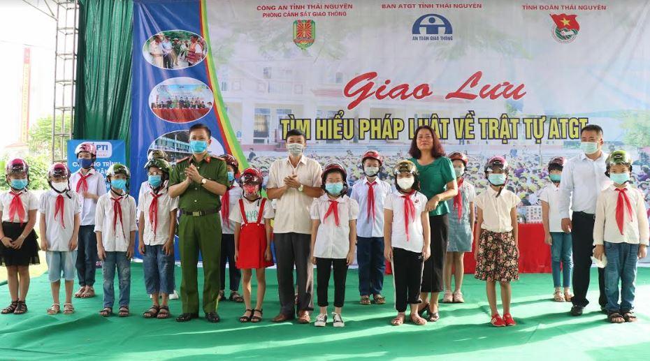 Trường Tiểu học Lê Văn Tám: Chú trọng công tác tuyên truyền về ATGT