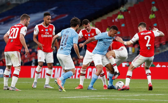 Arsenal chính thức gia hạn hợp đồng với Aubameyang