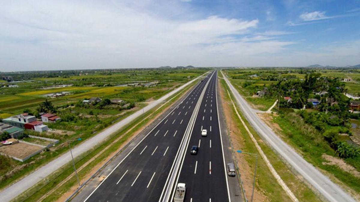 Đẩy nhanh tiến độ giải phóng mặt bằng các dự án trọng điểm ngành giao thông