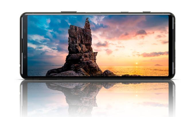 Smartphone Sony Xperia 5 II trình làng, cấu hình mạnh, hỗ trợ mạng 5G