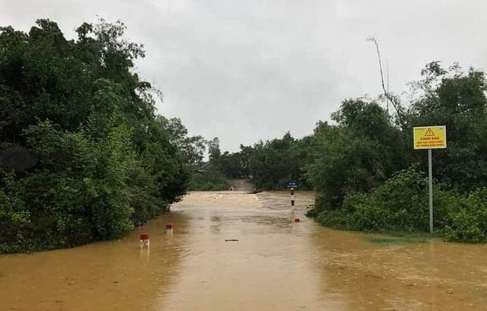 Quảng Bình: 13 bản vùng biên cùng hơn 3000 người bị cô lập sau bão số 5