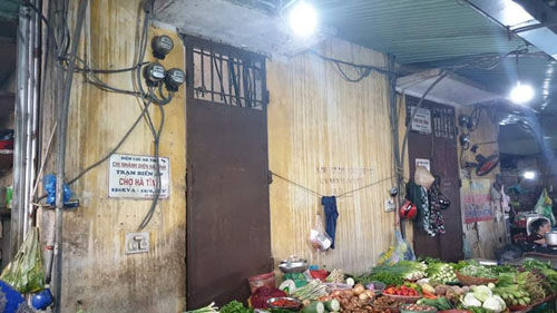Nguy cơ mất an toàn tại trạm biến áp Chợ Hà Tĩnh