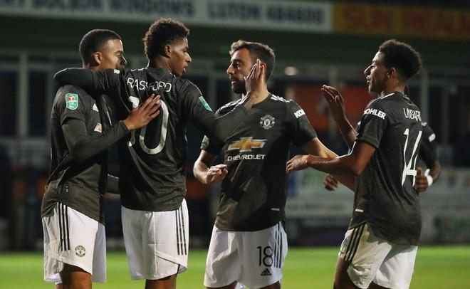 Thắng Luton Town, MU ghi tên vào vòng 4 League Cup
