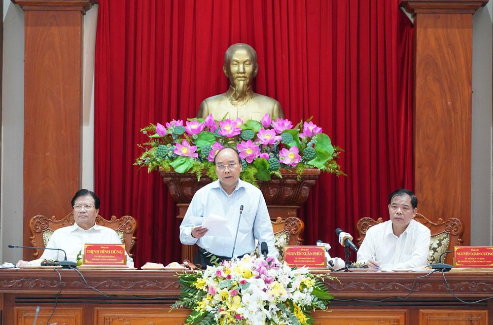 Thủ tướng: Khẩn trương hoàn thiện quy hoạch tổng thể phát triển vùng ĐBSCL