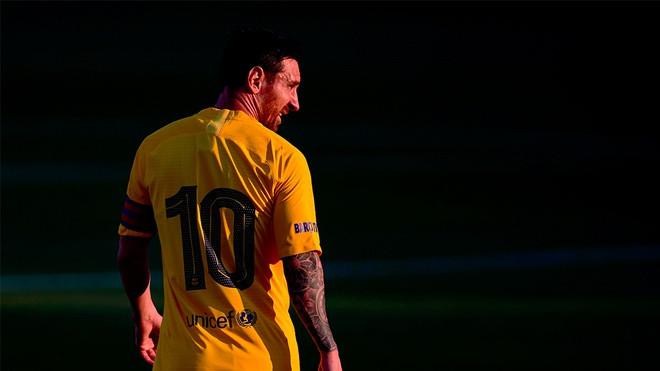 Messi, Neymar bất mãn với chính sách chuyển nhượng của Barca
