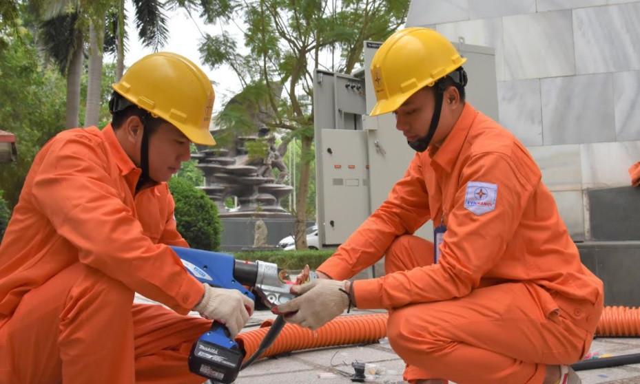 Đảm bảo điện phục vụ Đại hội Đảng bộ Thành phố và lễ kỷ niệm 1010 năm Thăng Long Hà Nội