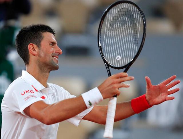 Novak Djokovic vào vòng 2 Pháp mở rộng 2020