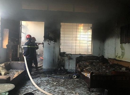 Điều tra vụ cháy nhà nghi do hàng xóm đốt vàng mã