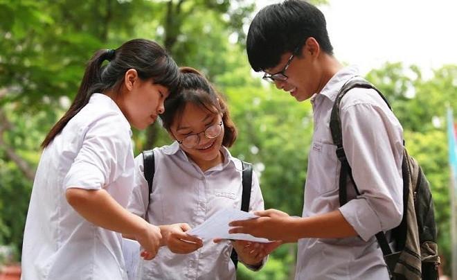 Ngày 5/10, các trường công bố điểm trúng tuyển bằng kết quả thi tốt nghiệp THPT