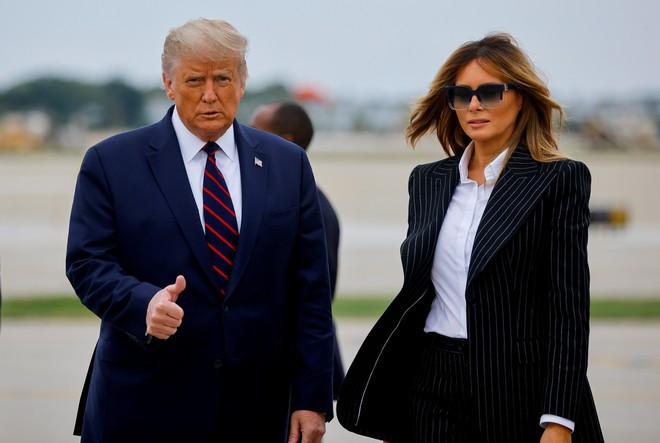 Vợ chồng Tổng thống Donald Trump dương tính với COVID-19