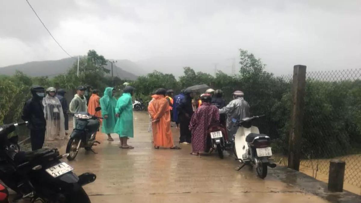 Đà Nẵng: Thêm một người bị lũ cuốn mất tích