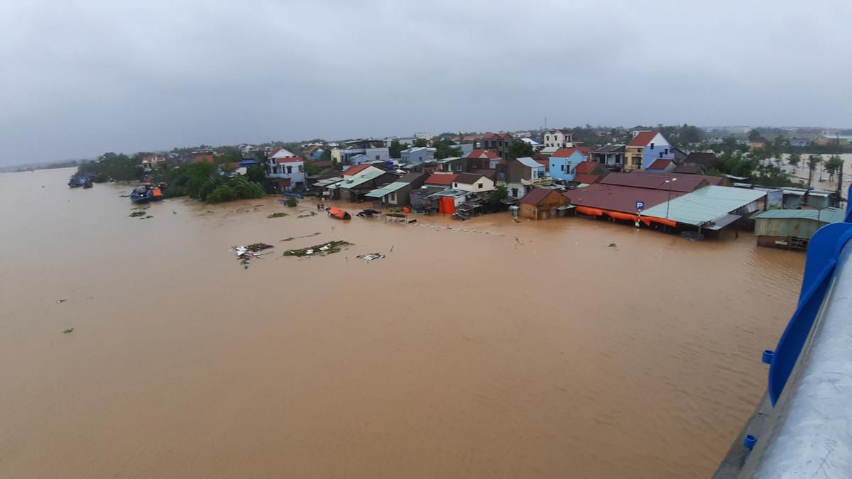 Quảng Nam: Chủ tịch tỉnh chỉ đạo khẩn ứng phó mưa bão