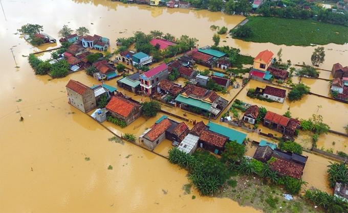 Thủ tướng chỉ đạo tập trung khắc phục hậu quả mưa lũ và ứng phó bão số 7