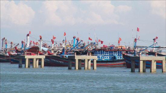Nghệ An: Ra công điện khẩn, cấm biển, khẩn trương triển khai công tác phòng, chống bão số 7