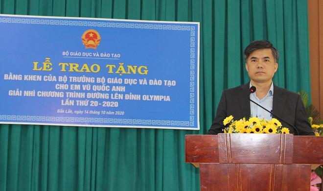 Bộ GD-ĐT tặng Bằng khen cho Á quân Đường lên đỉnh Olympia năm 2020