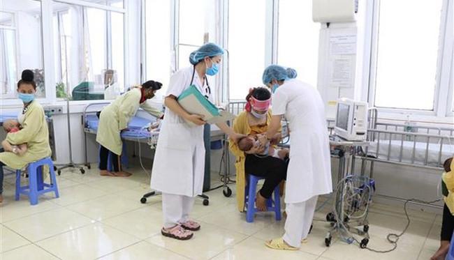 Sơn La dừng sử dụng lô vắc xin khiến trẻ 2 tháng tuổi tử vong sau tiêm