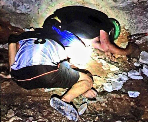 Bình Dương: Điều tra vụ 2 người đàn ông tử vong dưới mương nước