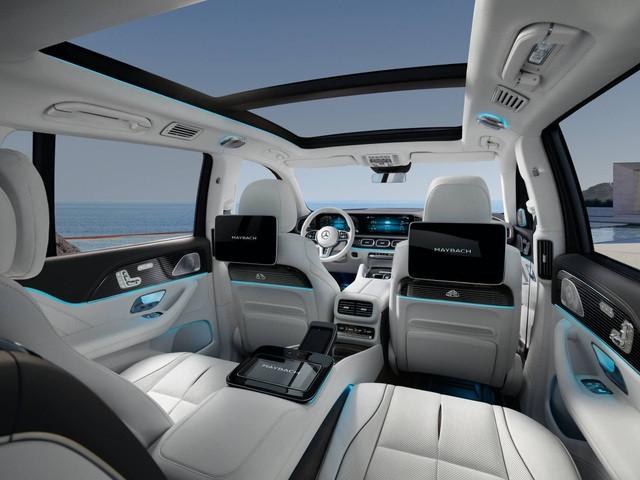 Mercedes-Maybach GLS 600 có giá bán từ 160.500 USD