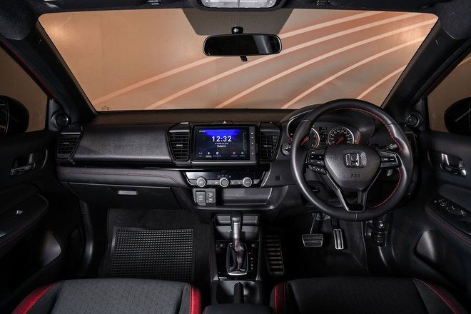 129_honda_city_hatchback_and_ehev_launches_in_thailand.jpg