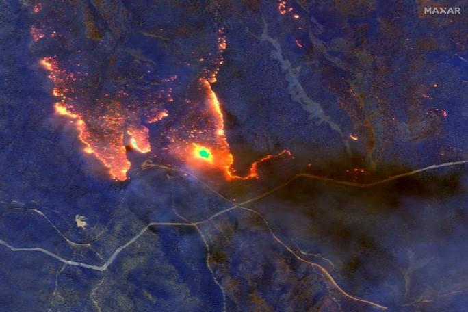 Điểm lại những sự kiện chấn động năm 2020 qua ảnh vệ tinh - Ảnh 2.