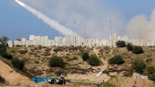 israeli-warplanes-hit-gaza-after-rocketfire-army.jpg