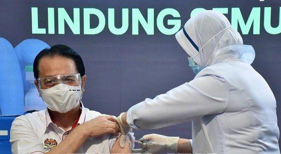 tiem-chung-vaccine-covid-19-malaysia.jpg