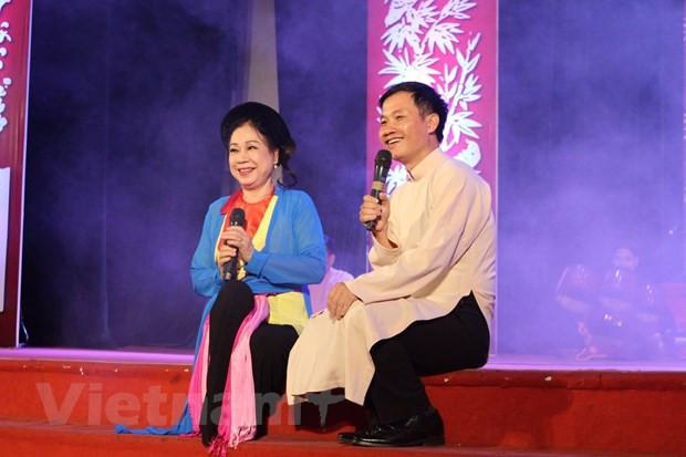 Thuong thuc 'Truyen Kieu' cua Nguyen Du theo loi ngam truyen thong hinh anh 1