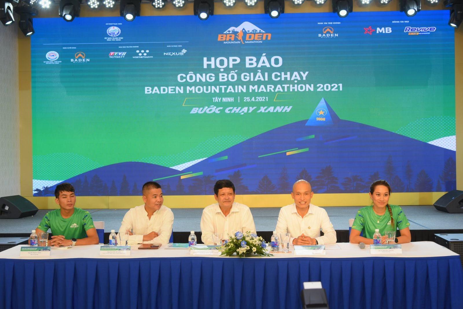 hop-bao-giai-chay-baden-mountain-marathon-2021-2-.jpg