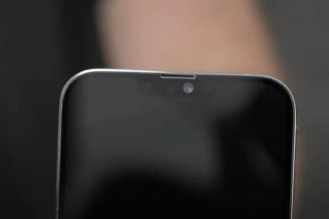 iphone-13-pro-max-notch-8028-1621103771.jpg