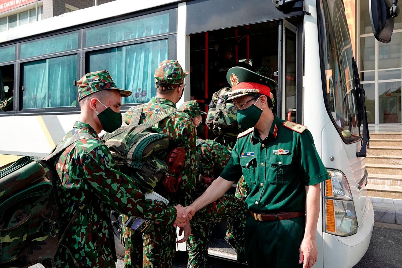 60 tổ quân y sẽ đến tận nhà chăm sóc bệnh nhân Covid-19