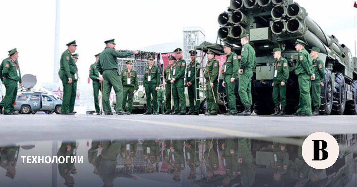 minoboroni-zaklyuchilo-kontraktov-na-500-milrd-rublei-na-forume-armiya.jpg