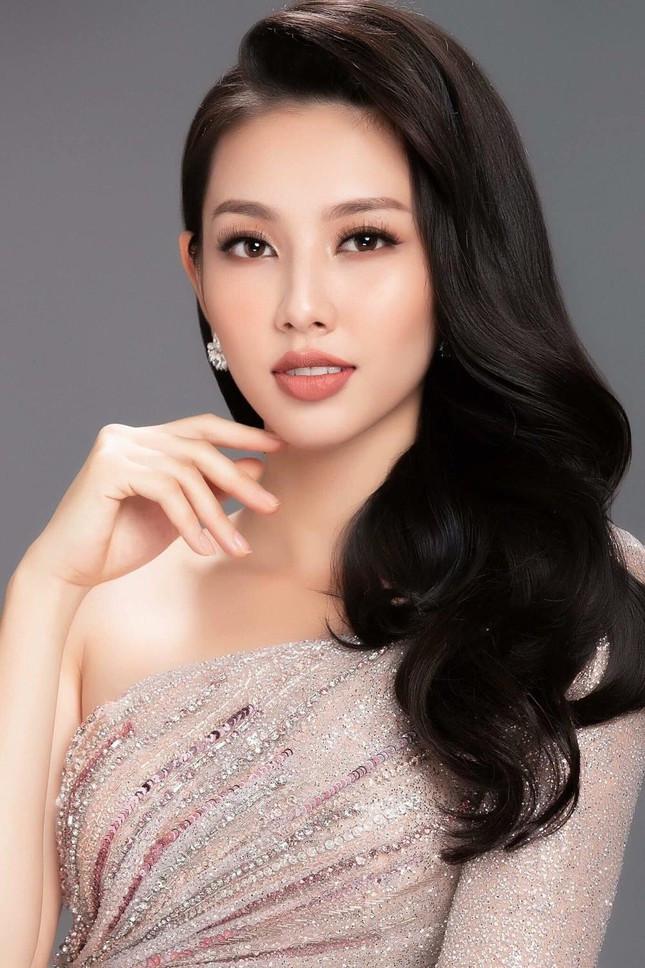 Nguyễn Thúc Thuỳ Tiên 'bắn' tiếng Anh trôi chảy trước thềm Miss Grand khiến fans trầm trồ ảnh 1
