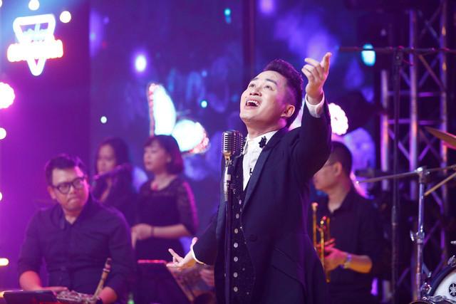 Tùng Dương biến hóa với loạt hit ở Cuộc hẹn cuối tuần - Ảnh 1.
