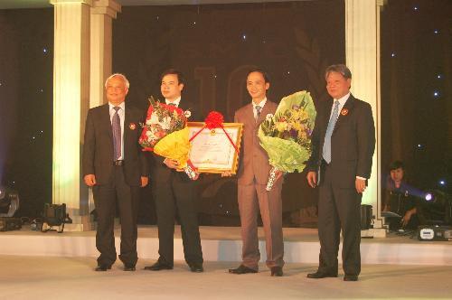 SMiC được tặng Bằng khen của Thủ tướng Chính phủ