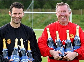 Alex Ferguson và Ryan Giggs xuất sắc nhất 20 năm lịch sử Premier League
