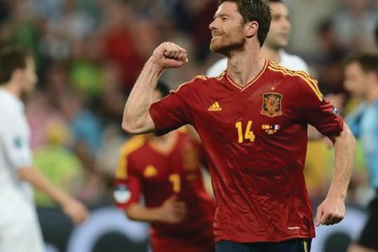 Tây Ban Nha vào bán kết: Ngày của Alonso