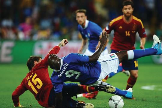 Những khoảnh khắc ấn tượng nhất trận Chung kết Euro 2012
