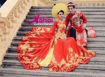 Hoàng Oanh next top diện áo dài NTK Tuấn Hải đón xuân 2013