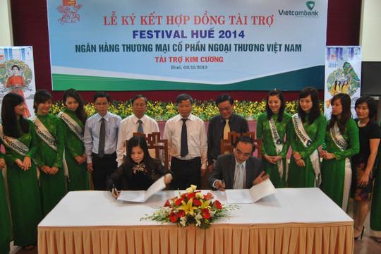 Vietcombank tài trợ kim cương cho Festival Huế 2014